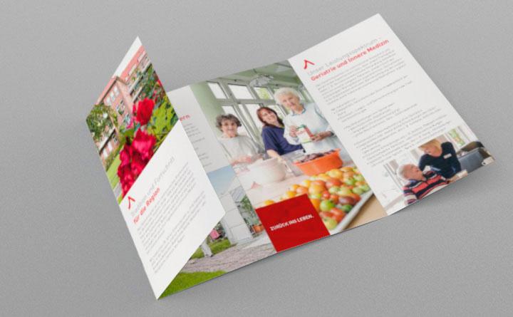 Umsetzung In Broschüren Flyern Visitenkarten Briefpapier